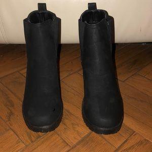 Ankle black rain boots